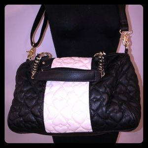 Betsey Johnson Quilted Heart Bag Purse Black Ivory